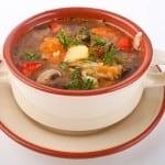 Суп из овощей с грибами.