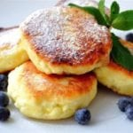 Чем заменить сахар в сырниках?