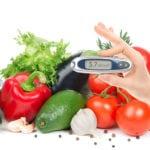 Пониженный сахар в крови: симптомы у женщин, признаки и причины низкого уровня