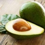 Можно ли кушать авокадо при повышенном холестерине?