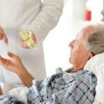 Локализация боли при панкреатите: куда отдает боль?
