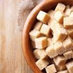 Можно ли давать ребенку фруктозу вместо сахара?