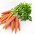 Можно ли морковь при панкреатите: рецепты пюре и сока