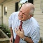 Артериальное давление при инфаркте миокарда повышается или понижается?