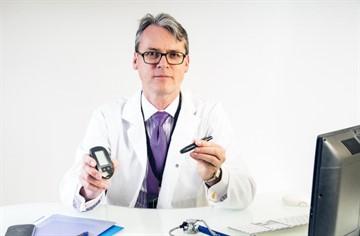 К какому врачу обращаться для лечения диабета